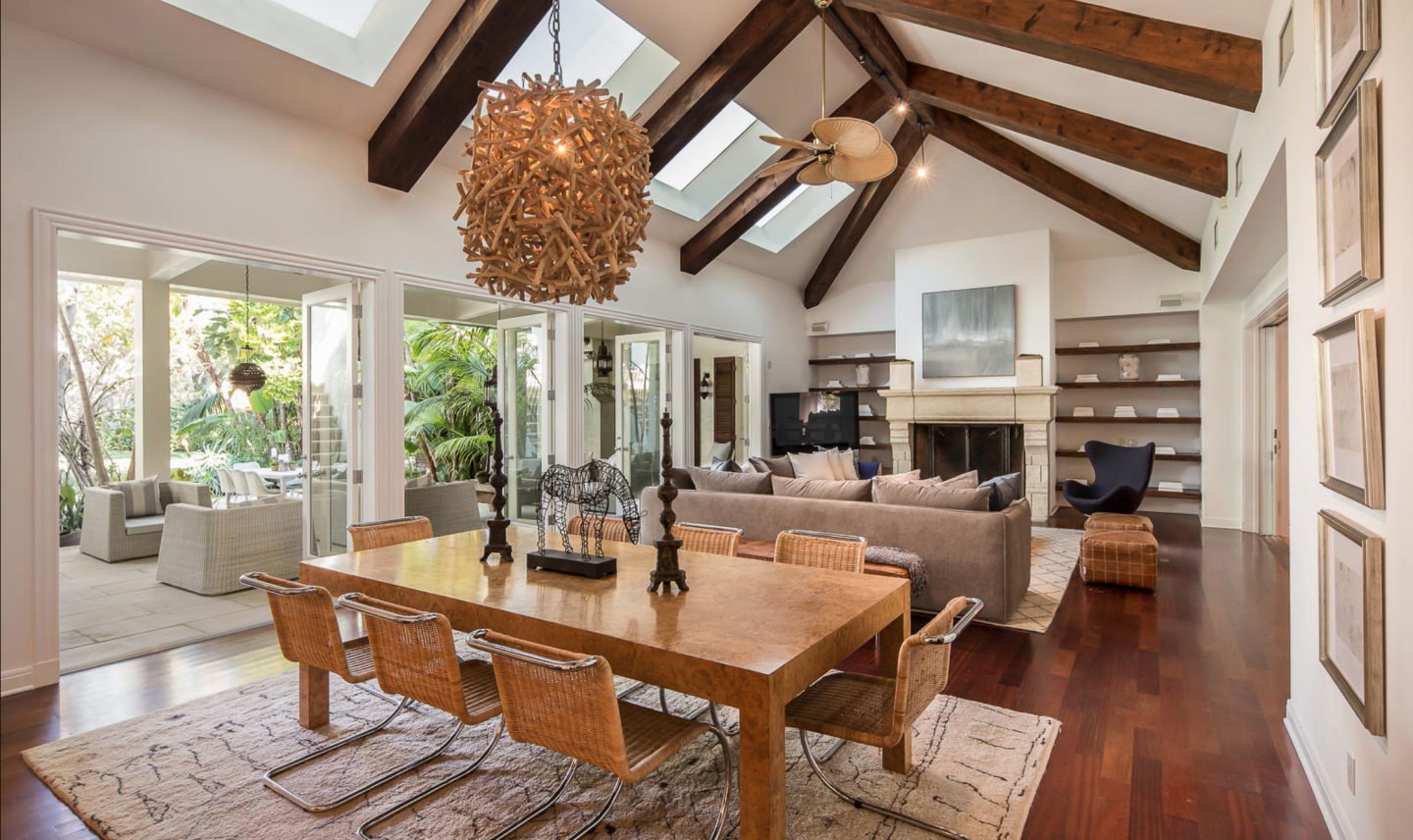 Spider Man Tobey Maguire Lists L A Estate For 10 3 Million