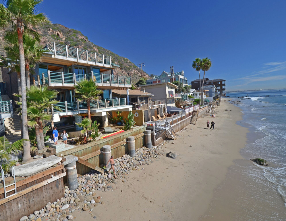 Baywatch Co Creator S Malibu Beach House Is Asking 9m
