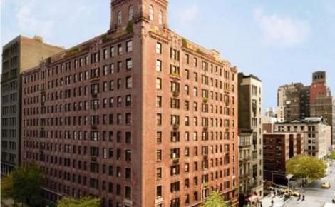 Alec Baldwin Devonshire apartment exterior