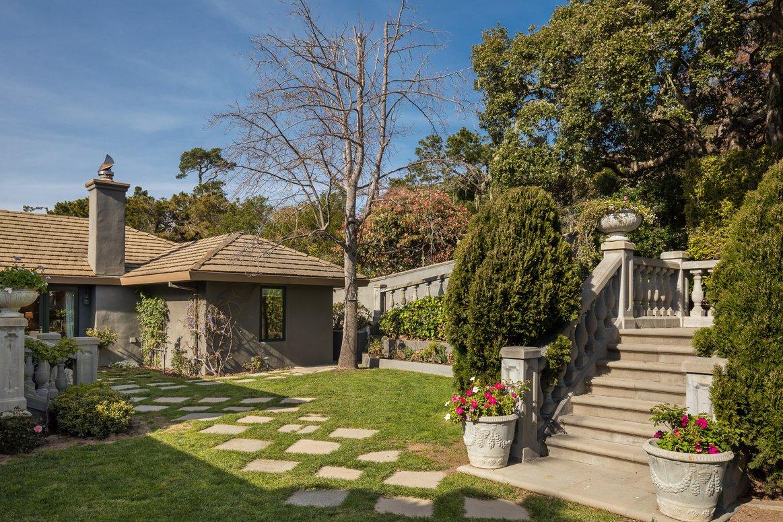 Garden yard in Carmel California