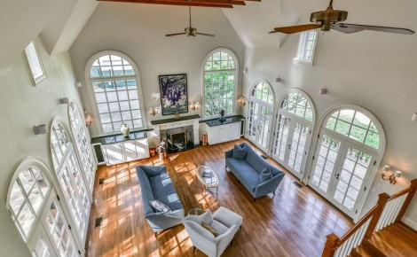 Stunning Historic Broadcrest Home
