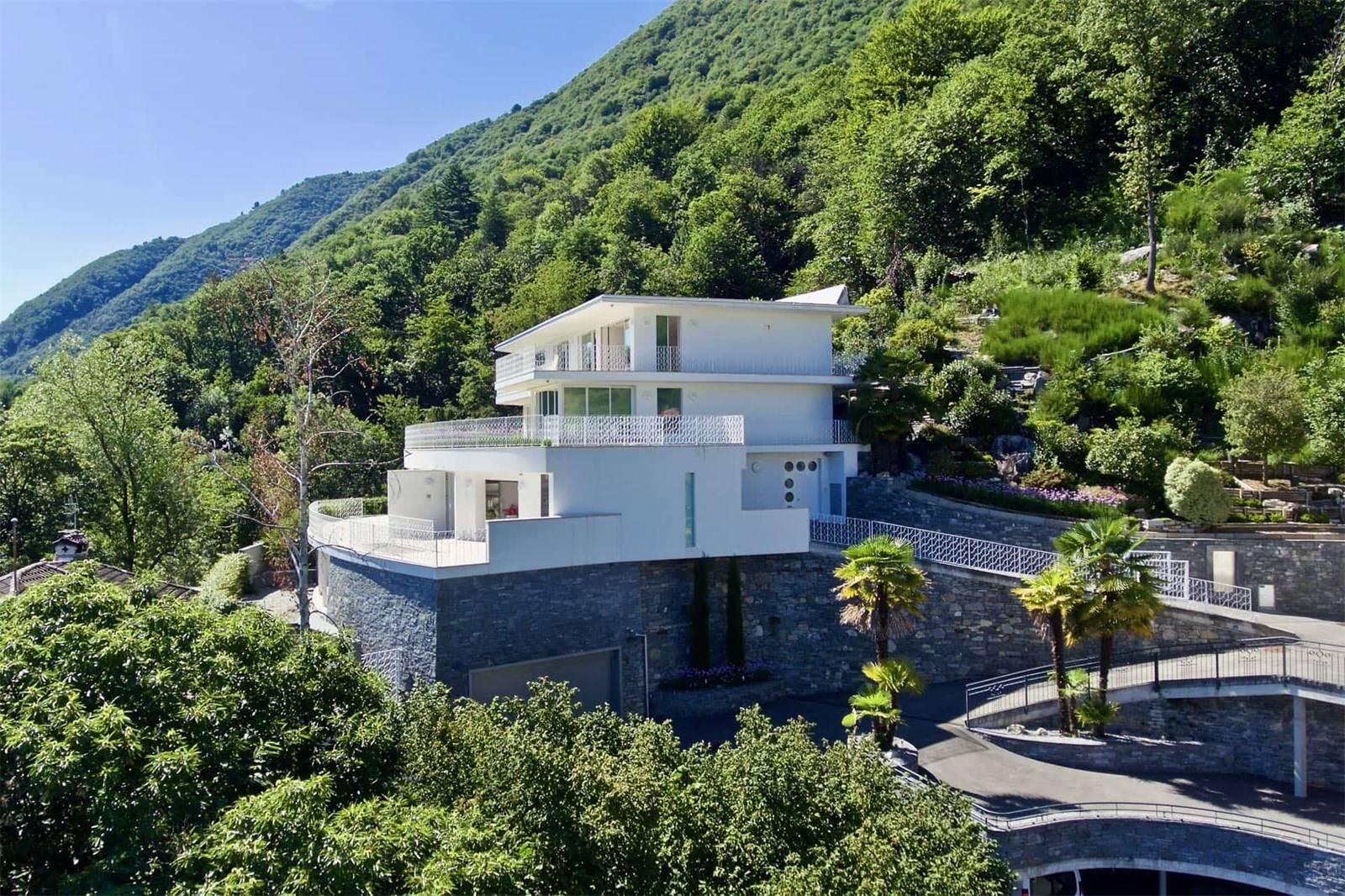Eco-Friendly Residences
