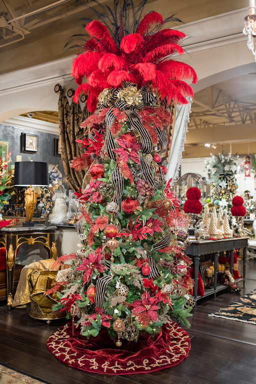 Linly-Designs-Luxury-Christmas-Decor-and-Decorating-8