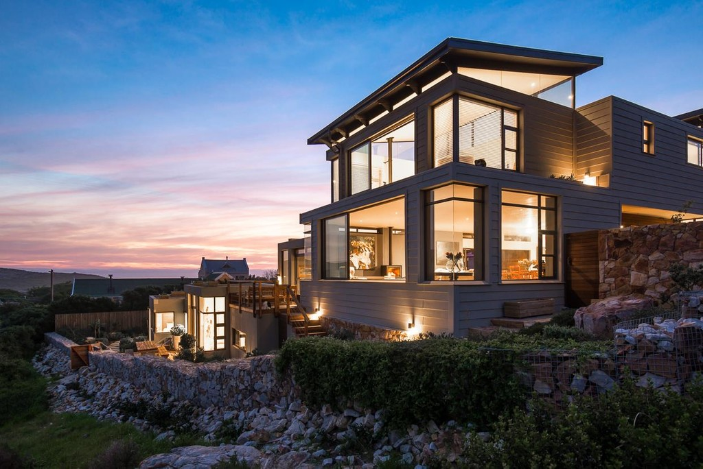 Living Off The Grid In Luxury