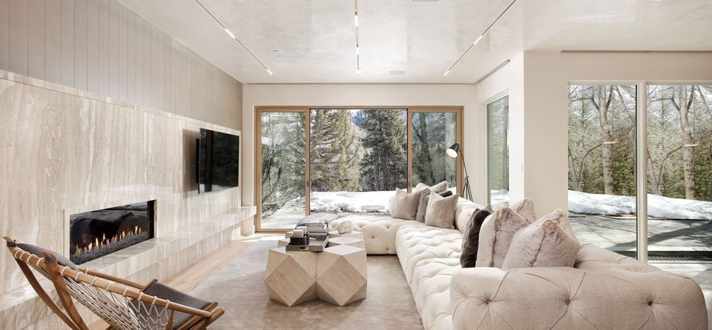 Must-Have Furniture Pieces/Accessories For The Winter
