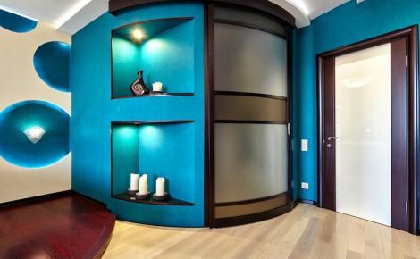home entrance blue