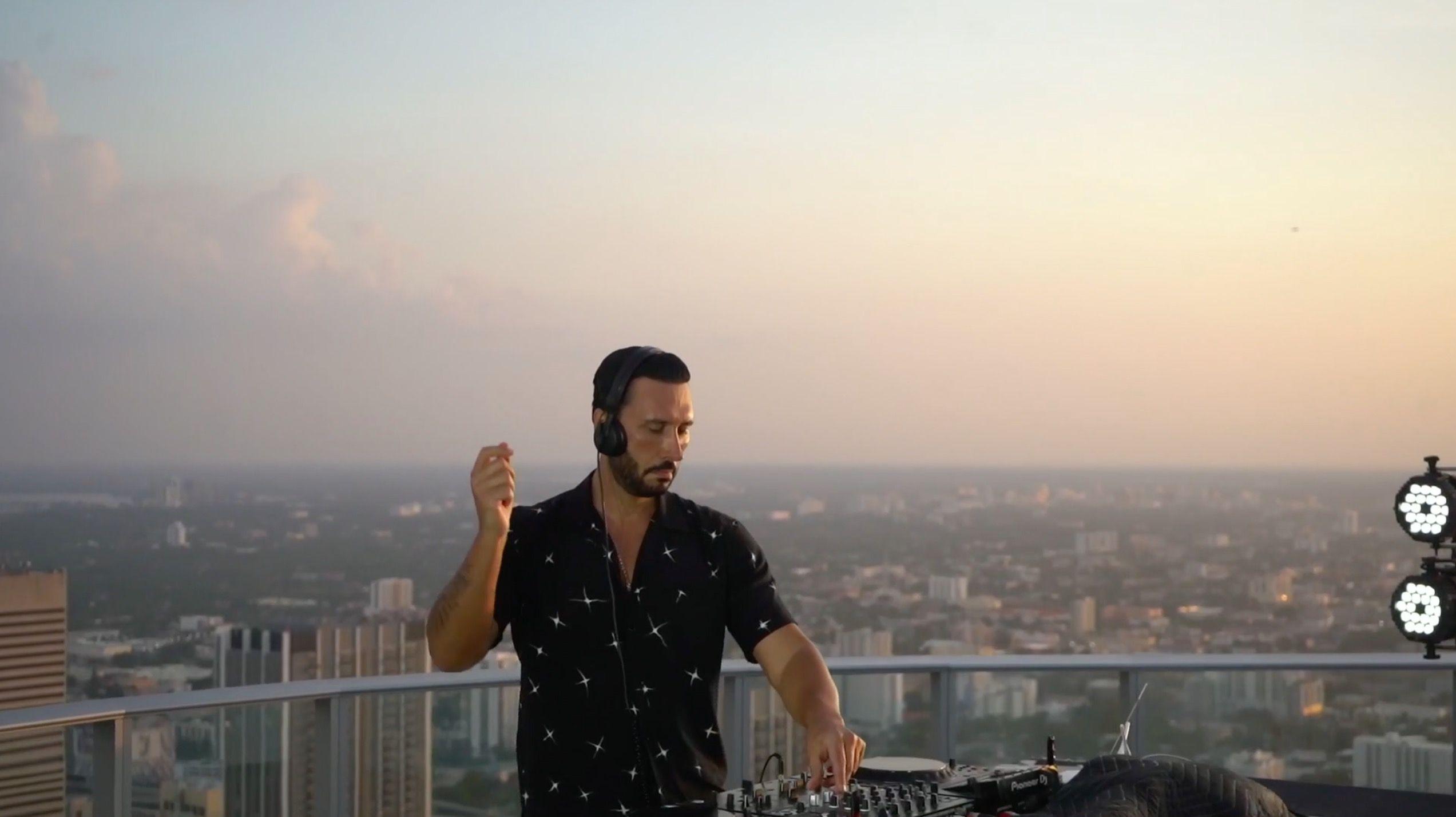 PARAMOUNT Miami Worldcenter - Cedrig Gervais 1