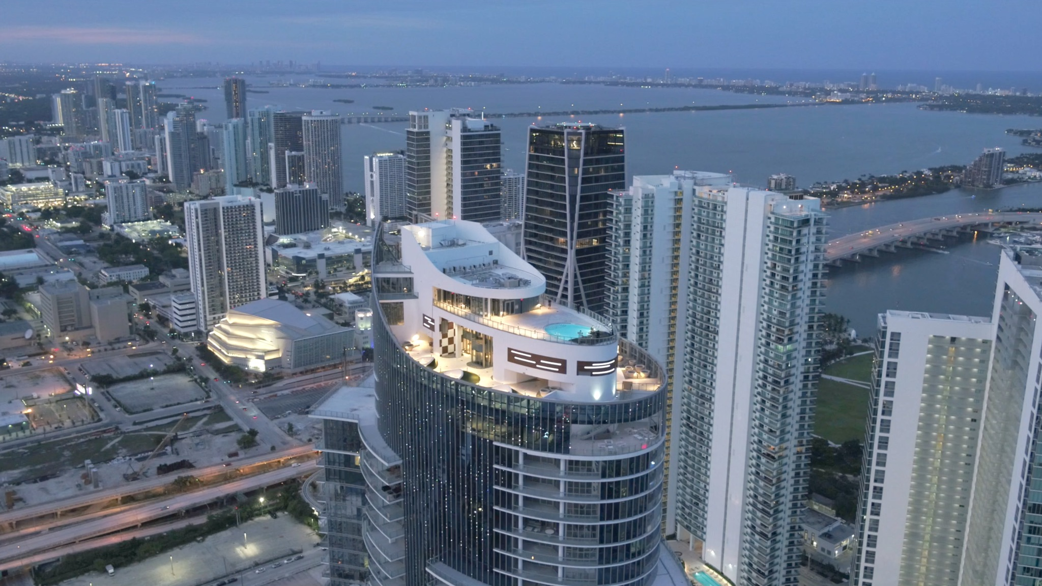 PARAMOUNT Miami Worldcenter - Cedrig Gervais 2