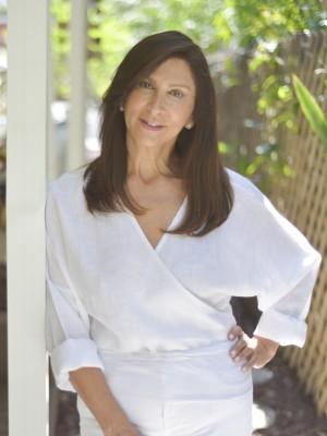 Connie Huergo headshot 2