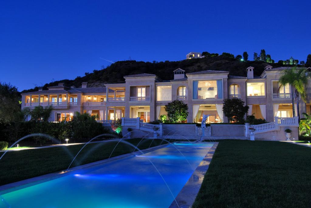 Joyce Rey Presents The Prestigious Palazzo Di Amore Estate In Beverly Hills